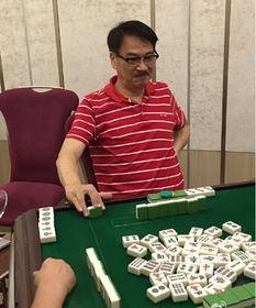 63岁吴孟达打麻将身体好 重病后暴瘦一圈