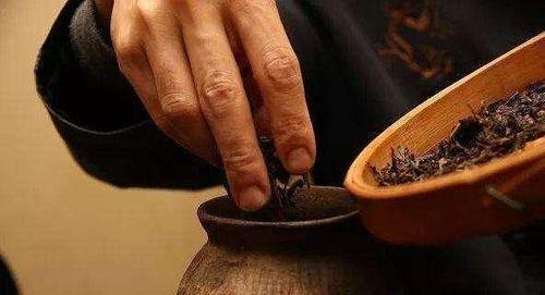 茶叶可以放冰箱保存吗具体如何放茶叶最