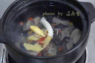 石斛鸡汤(石斛怎样煲汤)