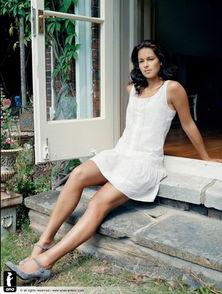 伊万诺维奇拍Vogue写真 演绎绝美邻家女孩