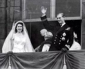 英国菲利普亲王退休,回顾他与女王的时光
