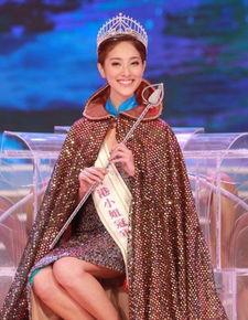 香港小姐16强诞生 学霸型美女PK选美达人