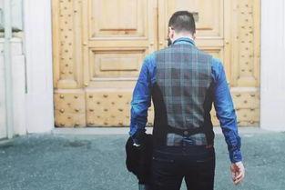 男生衣服颜色搭配显白