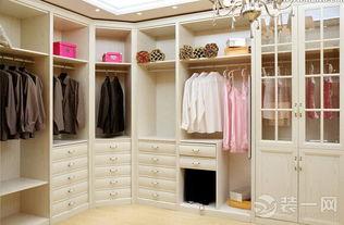 整体衣柜用什么板