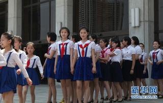 西方记者看不到的朝鲜 校园内美女如云 组图