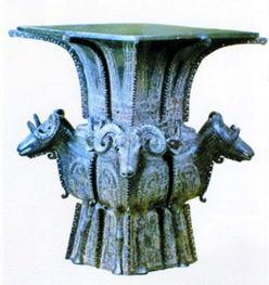 商代青铜器四羊方尊