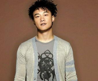 Eason 陈奕迅 2013最新歌曲三首 更有他 稳稳的幸福