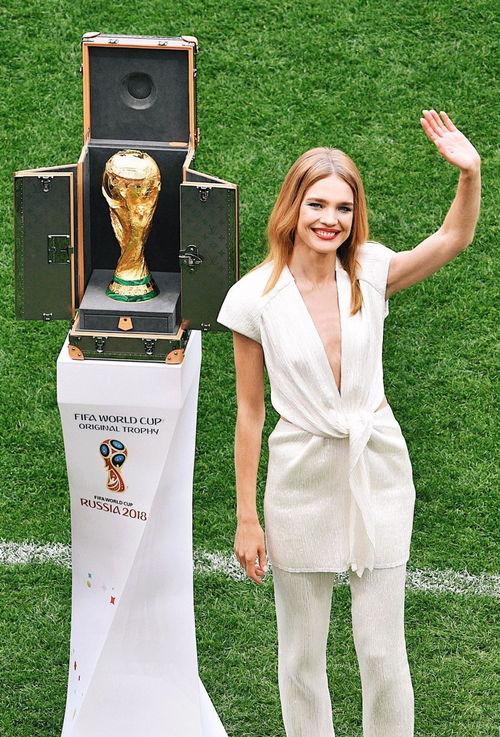 世界杯足球帅哥