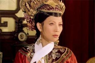 甄嬛传甄嬛封熹妃回宫,除苏培盛外,皇后也功不可没