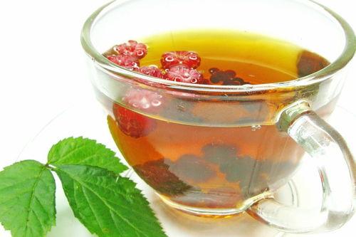 请问枸杞和普洱茶等茶叶一起泡喝所以吗