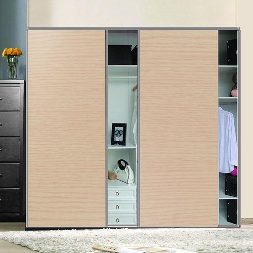 壁纸能贴在木衣柜上吗
