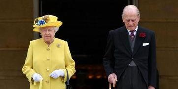 资料图:英女王伊丽莎白二世与菲利普亲王。
