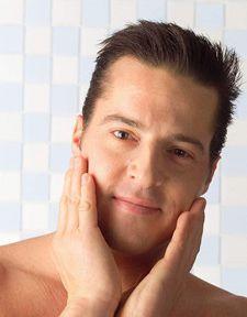 男性面部日常保养小知识(男士日常护肤脸小常识有那些)