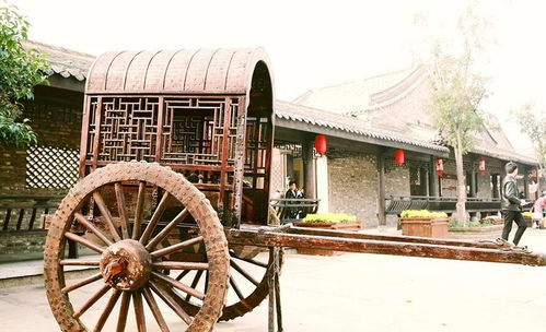 朱仙镇作为中国古代四大名镇,历史地位显耀,文化底蕴深厚。