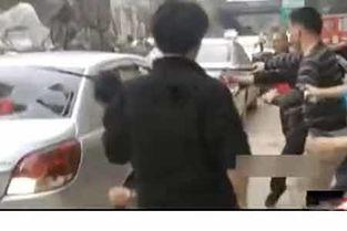 现场直击广州街头上演枪战警察拔枪追射