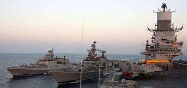 07.印度维克拉玛蒂亚号航母编队。