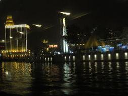 天津 城市之光
