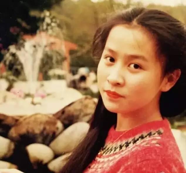 刘嘉玲18岁少女照