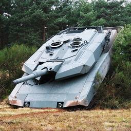 资料图:豹2革命性改进坦克.