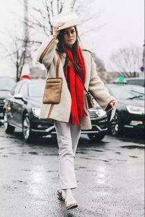 秋冬到底需要几双袜子 刘雯 吴谨言这些袜子时髦精都帮你想全了