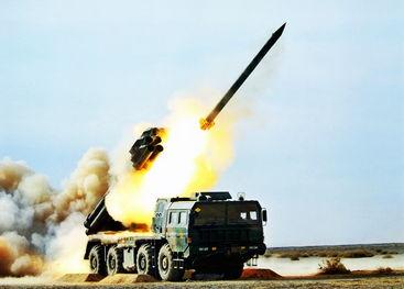 资料图:解放军phl-03大口径远程火箭炮