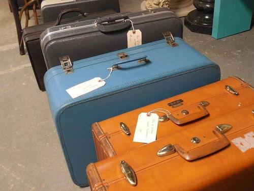 男子回国探亲行李箱惊现毒品大家坐飞机托运行李要注意了,千万不要这样做