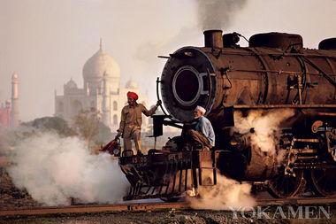 超强外挂 感受印度强悍的火车文化