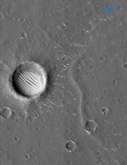 天问一号拍的高清火星照来了