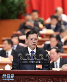 郝明金代表民建中央在全国政协十二届五次会议第二次全体会议上作大会发言