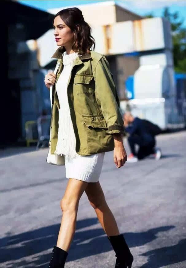 工装夹克衫怎么搭配工装外套好穿百搭无法拒绝