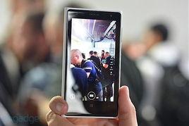 诺基亚新拍照机皇Lumia 1020真机多图赏