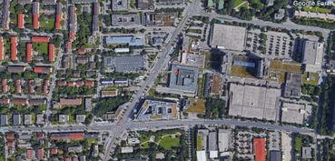图为谷歌地球的卫星图资料.画面中夹角内建筑群为购物中心.-德国...