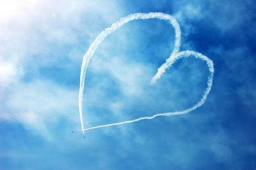 阿联酋航空中国籍空姐万米高空看国民素质,我很悲伤