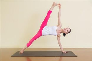 瑜伽有氧瘦腹的动作