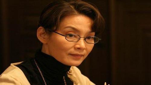 潘虹在她24岁的时候嫁给了比自己大8岁的作家米家山,两人