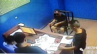 今年月份以来,广宁中学运动场施工现场内发生了多起建筑器材被盗窃案件。