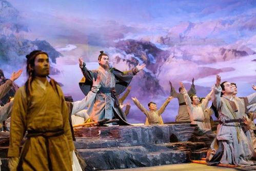 从《中国好诗词》到《典籍里的中国》,从汉字诗词到衣食住行,传统文化类综艺在传承与创新中不断发展成长。