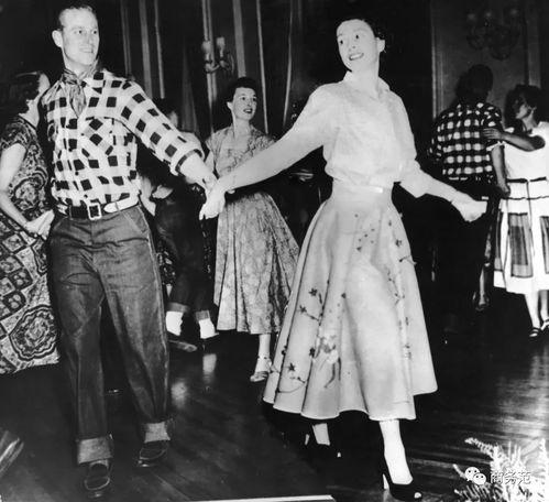 1951年,女王和她老公菲利普亲王