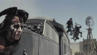 ...人公是一名戴着面具的游侠,他原本是德州骑警,在追捕一伙不法之...