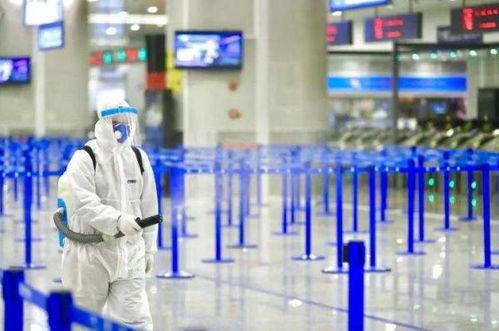 疫情反弹上海某小区升为中风险小区,浦东医院4015人被隔离
