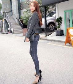清新性感牛仔裤穿出妹子的多姿魅力 紧身裤凹凸身材