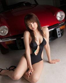 日本女优中村静香大尺度写真
