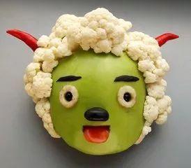 高手在民间大爷把蔬菜变成动物世界