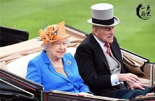 菲利普亲王陪伴英国女王74年,99岁去世,生前遗愿不举行国葬