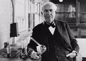 爱迪生发明电灯的影响