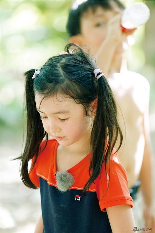爸爸3诺一夏天携手摘葡萄混血萌娃上演葡萄园偶像剧