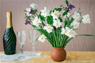 哪种鲜花养花瓶里时间最长