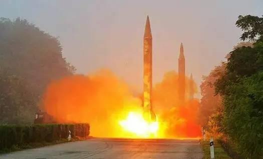 资料图:朝鲜试射导弹