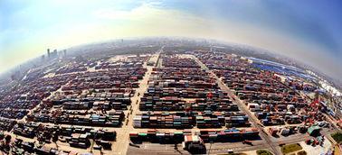 中国上海自贸区挂牌百日浙商述说抢滩故事
