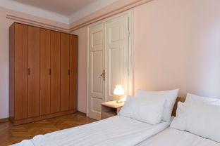 做一套卧室衣柜多少钱